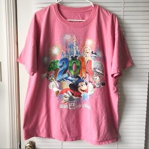 PINK DISNEY WORLD GRAPHIC TEE MICKEY MOUSE T SHIRT
